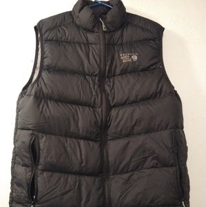 Mountain hard wear vest